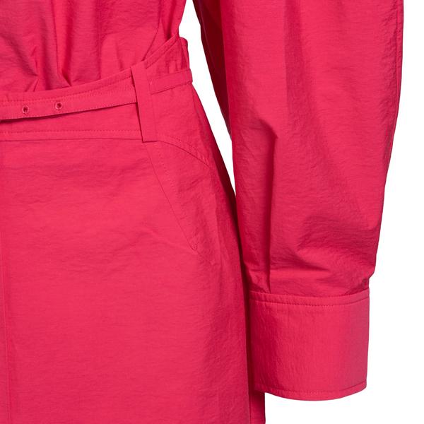 Fuchsia shirt dress                                                                                                                                    JACQUEMUS