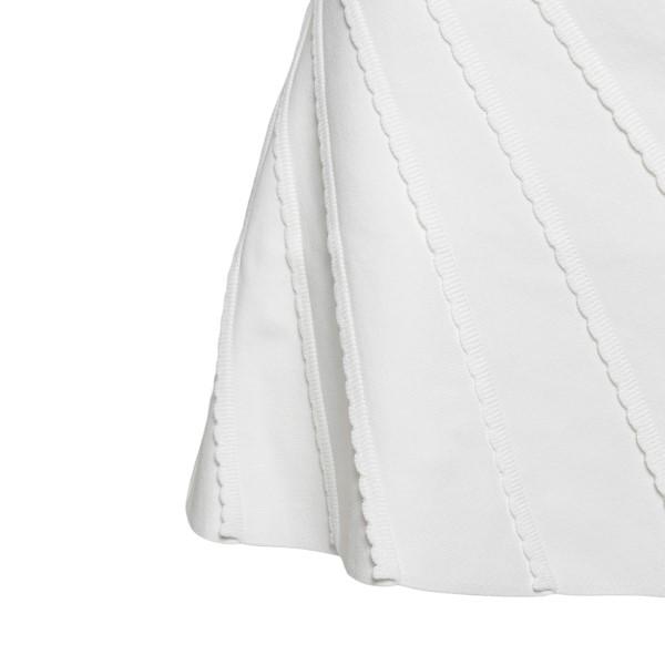 Abito corto bianco con cuciture a contrasto                                                                                                            EMPORIO ARMANI                                     EMPORIO ARMANI