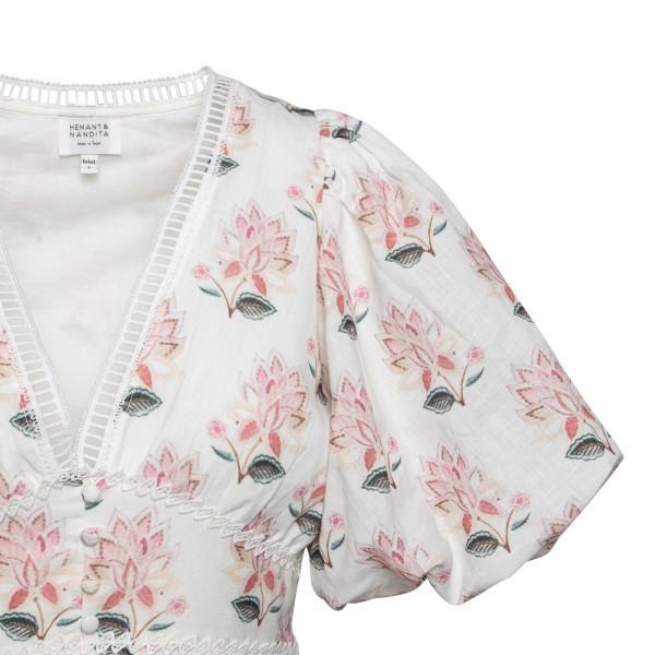 Abito corto bianco con stampa a fiori                                                                                                                  HEMANT & NANDITA                                   HEMANT & NANDITA