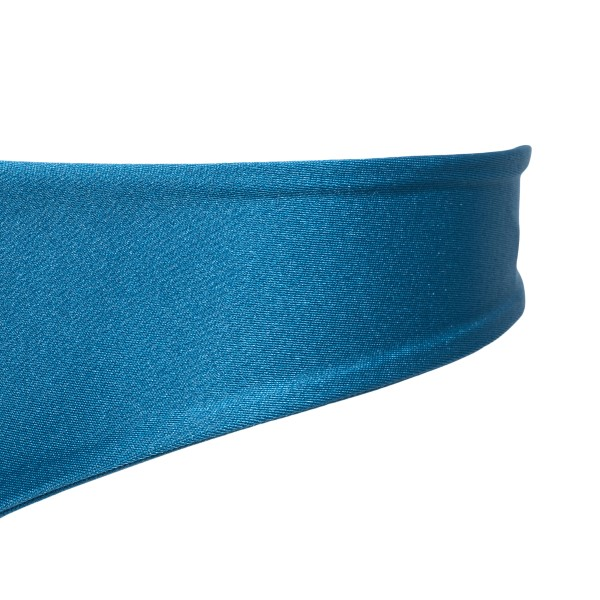 Costume azzurro con ricamo a piuma                                                                                                                     CLARA AESTAS                                       CLARA AESTAS