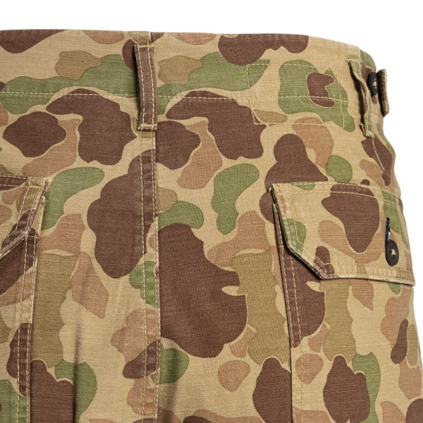 Bermuda with camouflage print                                                                                                                          UNIVERSAL WORKS