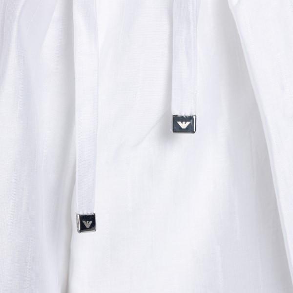 Lightweight white shorts                                                                                                                               EMPORIO ARMANI