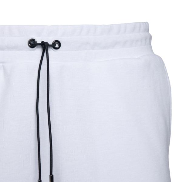 White sports shorts with logo                                                                                                                          EA7