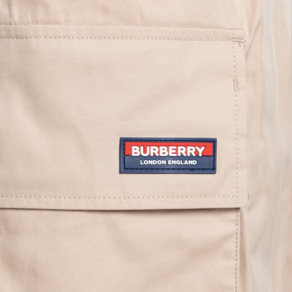 Beige bermuda with large pockets                                                                                                                       BURBERRY