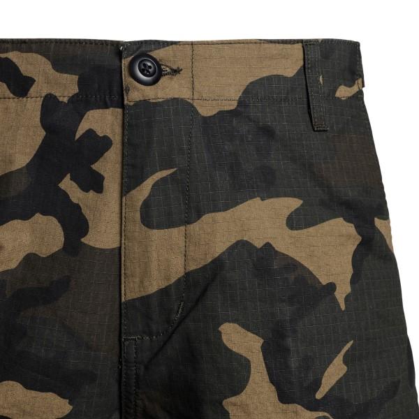 Green bermuda shorts with camouflage print                                                                                                             CARHARTT
