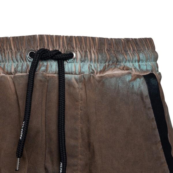 Brown shorts with tie-dye color                                                                                                                        MAUNA KEA