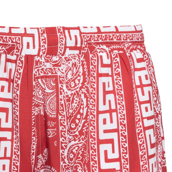 Red shorts with paisley print                                                                                                                          ARIES