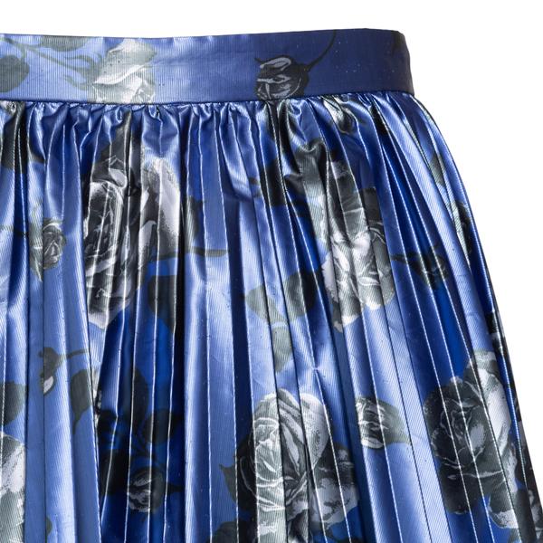Blue pleated mini skirt                                                                                                                                RED VALENTINO