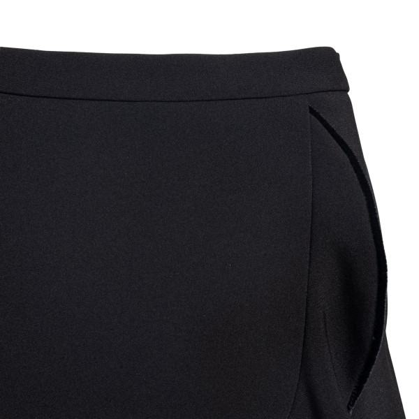 Black shorts in wrap design                                                                                                                            RED VALENTINO