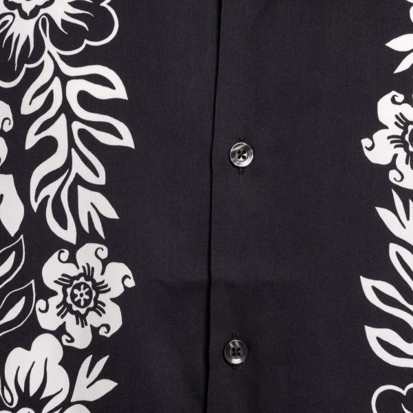 Black floral shirt                                                                                                                                     STUSSY