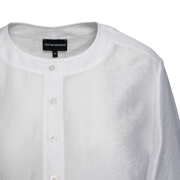 Oversized white top                                                                                                                                    EMPORIO ARMANI
