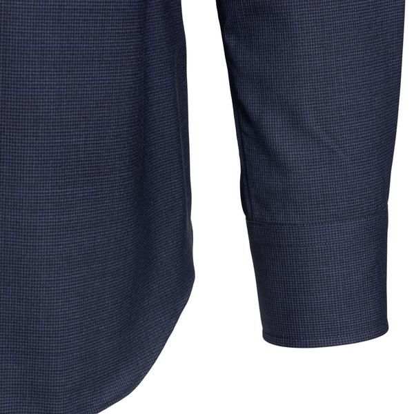 Classic shirt in dark blue                                                                                                                             XACUS
