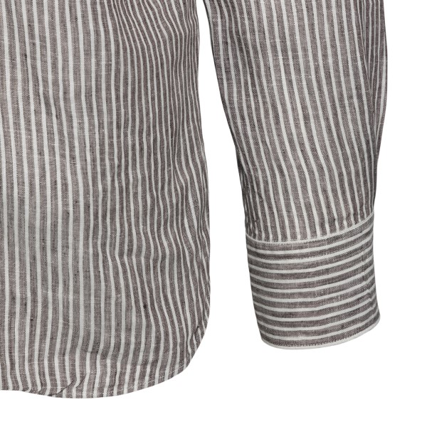 Classic brown and white striped shirt                                                                                                                  XACUS