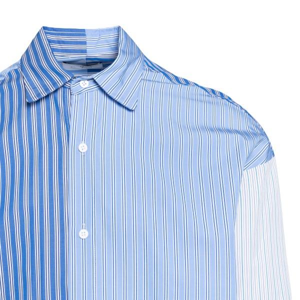Light blue shirt in color-block design                                                                                                                 C.9.3