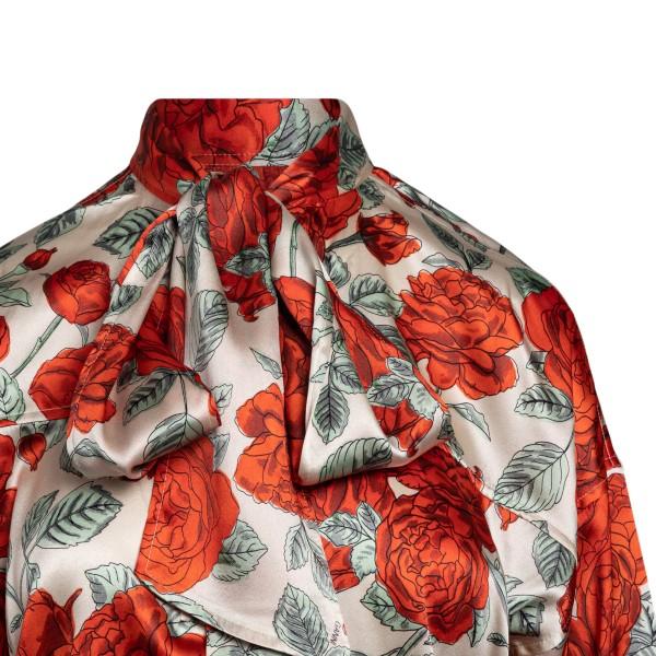 Blusa satinata bianca a fiori rossi                                                                                                                    GANNI                                              GANNI