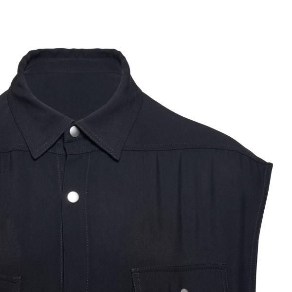Black sleeveless shirt                                                                                                                                 RICK OWENS