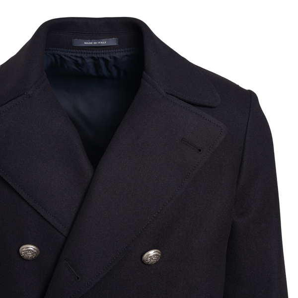 Double-breasted black coat                                                                                                                             TAGLIATORE