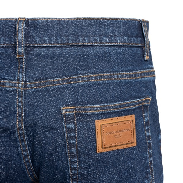 Blue jeans with logo patch                                                                                                                             DOLCE&GABBANA