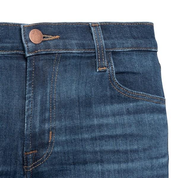 Dark blue jeans                                                                                                                                        J BRAND
