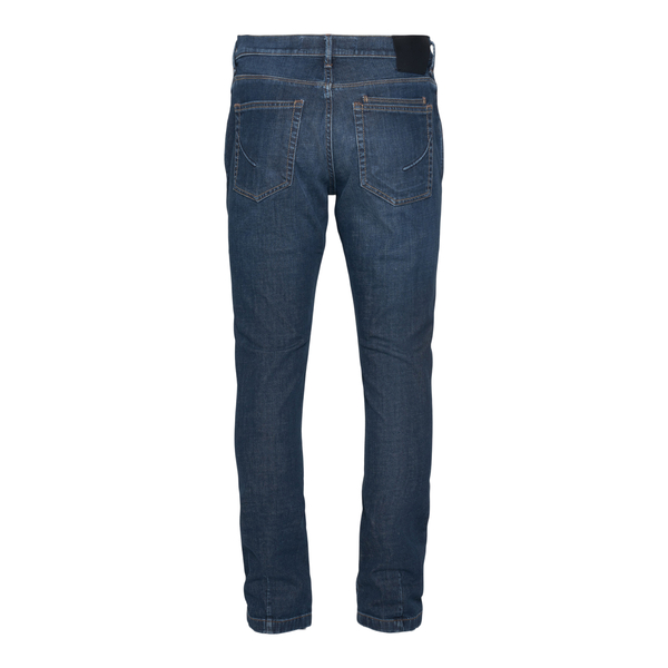 Classic blue jeans                                                                                                                                     HAND PICKED