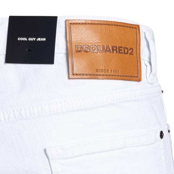 Jeans bianchi a effetto vissuto                                                                                                                        DSQUARED2                                          DSQUARED2