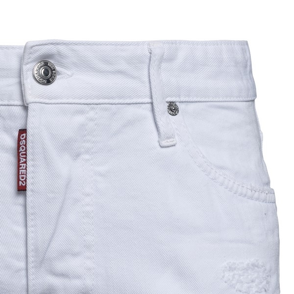 White jeans with a worn effect                                                                                                                         DSQUARED2