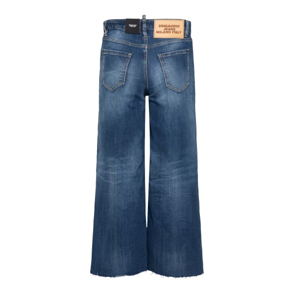 Blue jeans with flared leg                                                                                                                             DSQUARED2