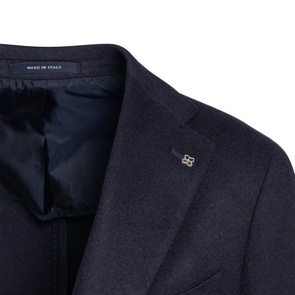Blue single-breasted blazer                                                                                                                            TAGLIATORE