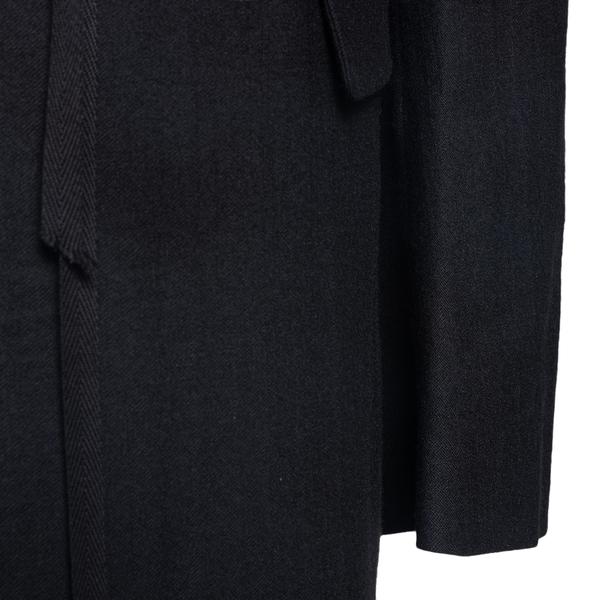 Black oversized blazer                                                                                                                                 ANN DEMEULEMEESTER