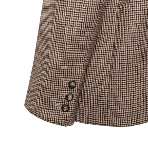 Beige checkered blazer                                                                                                                                 A.P.C.