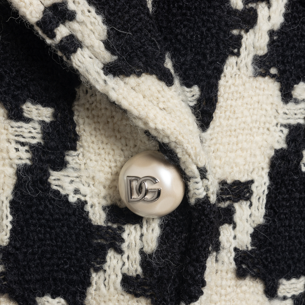 Coat and houndstooth                                                                                                                                   DOLCE&GABBANA