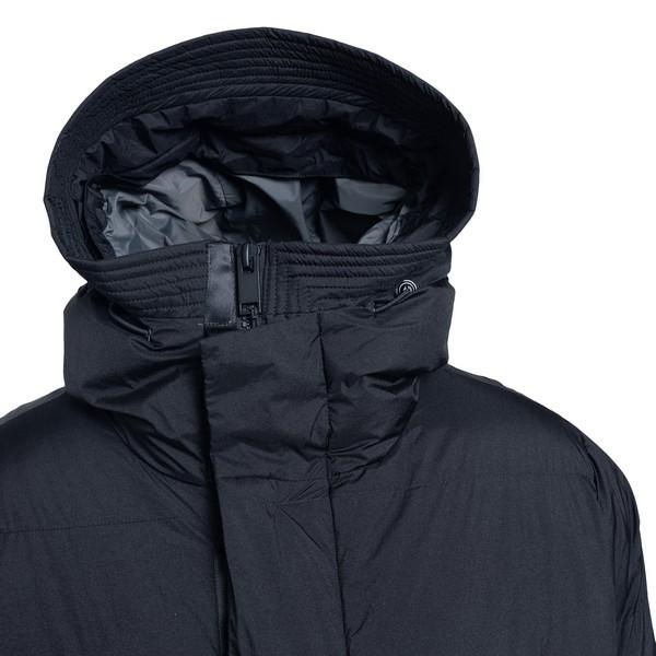 Long black down jacket                                                                                                                                 KRAKATAU