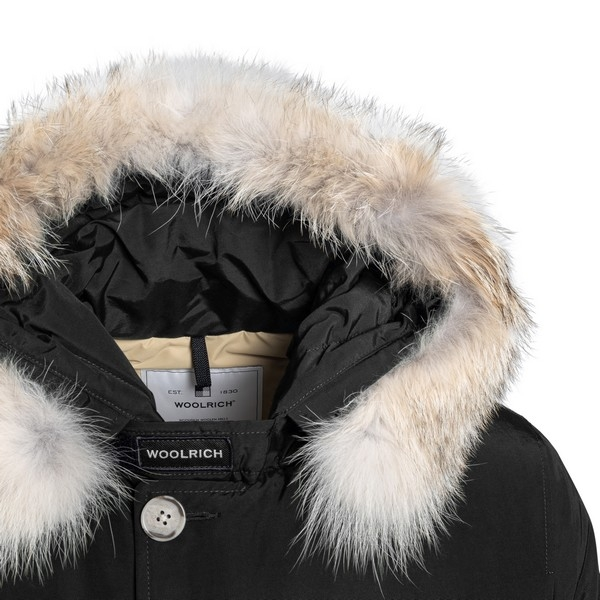 Black jacket with fur                                                                                                                                  WOOLRICH