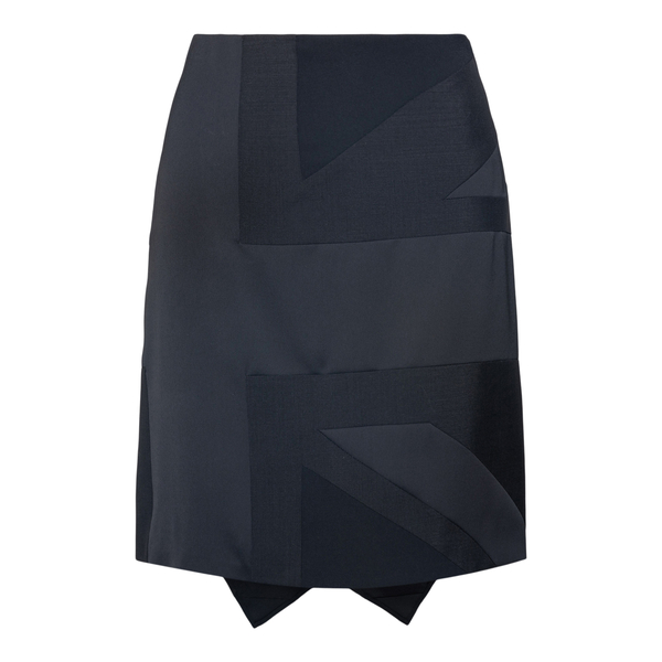 Short skirt was with drapery                                                                                                                           BURBERRY
