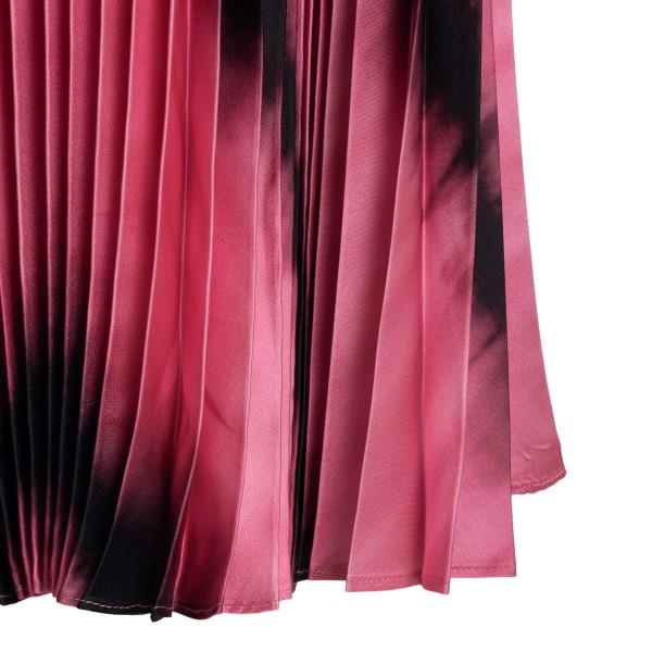 Pink pleated midi skirt                                                                                                                                ALICE+OLIVIA
