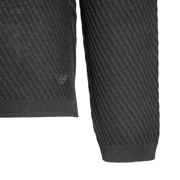 Maglione grigio a righe sottili                                                                                                                        EMPORIO ARMANI                                     EMPORIO ARMANI