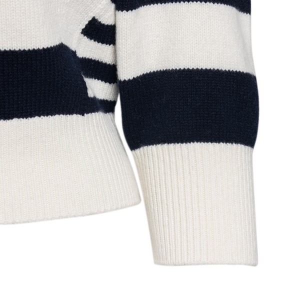 Black and white striped sweater                                                                                                                        ALEXANDER MCQUEEN