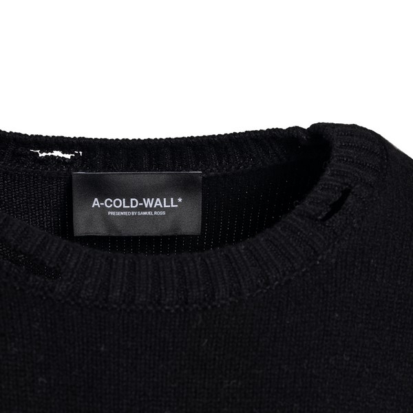 Black  oversized distressed jumper                                                                                                                     A COLD WALL