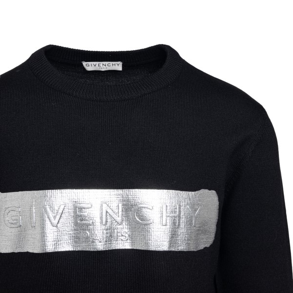 Black sweater with metallic print                                                                                                                      GIVENCHY