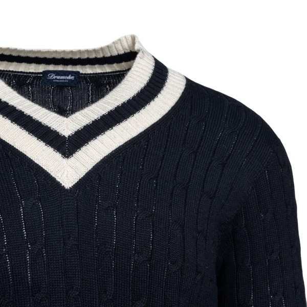 Blue sweater with contrasting details                                                                                                                  DRUMOHR