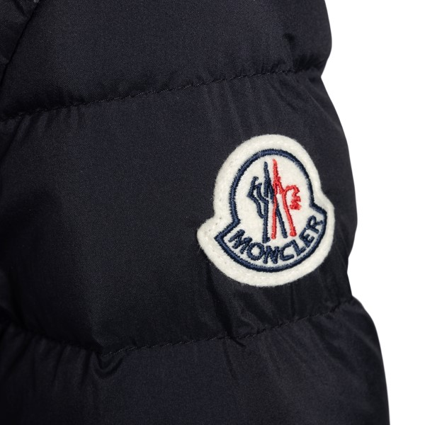 Black down jacket with side logo patch                                                                                                                 MONCLER