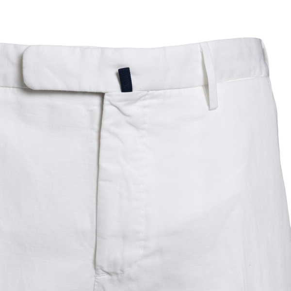 Slim fit trousers in white color                                                                                                                       INCOTEX
