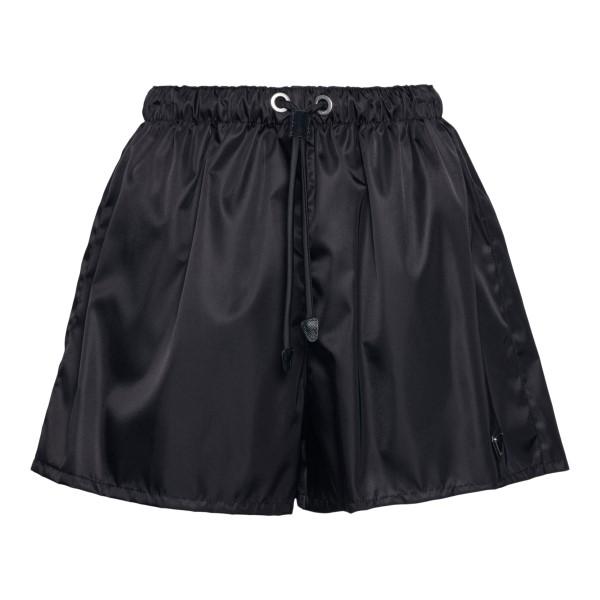 Pantaloncini neri sportivi con logo                                                                                                                   Prada 22H840 fronte