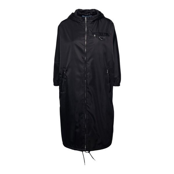 Black raincoat with logo plaque                                                                                                                       Prada 29E898 front