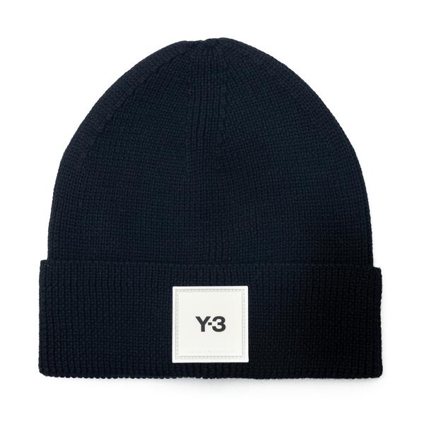Black beanie hat with logo                                                                                                                            Y3 H54025 back