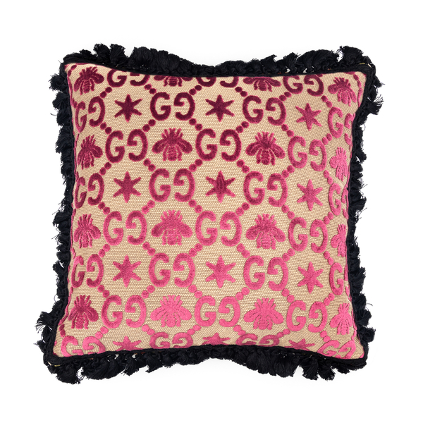 Pillow with logo and embroidery pattern                                                                                                               Gucci 529748 back