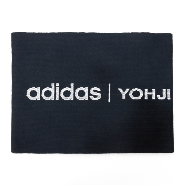 Black and white scarf with brand name                                                                                                                 Y3 HA6527 back