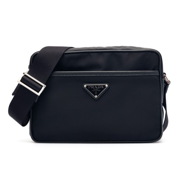 Black messenger bag with logo plaque                                                                                                                  Prada 2VH048 front