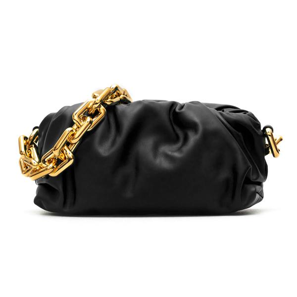 Clutch nera con tracolla a catena oro                                                                                                                 Bottega Veneta 620230 retro