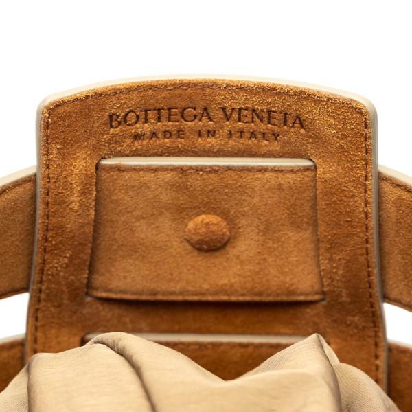 Beige shoulder bag with carvings                                                                                                                       BOTTEGA VENETA